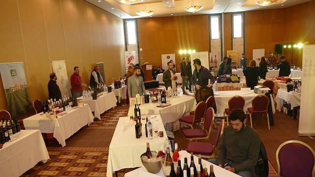 Ξεκίνησε το 1ο Φεστιβάλ κρασιού στη Λάρισα [εικόνες]