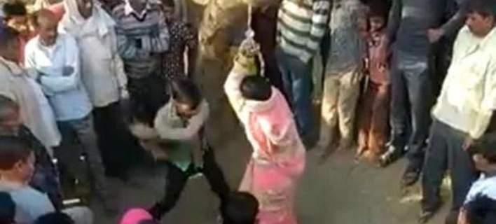 Σύζυγος μαστίγωσε δημόσια τη γυναίκα του κατηγορώντας τη για μοιχεία