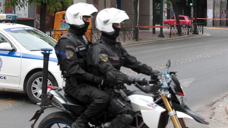 Οι ληστές των χρηματοκιβωτίων χτύπησαν ταξιδιωτικό γραφείο
