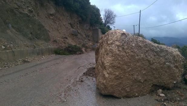 Έκλεισε ο δρόμος από Αγιόκαμπο προς Σκλήθρο