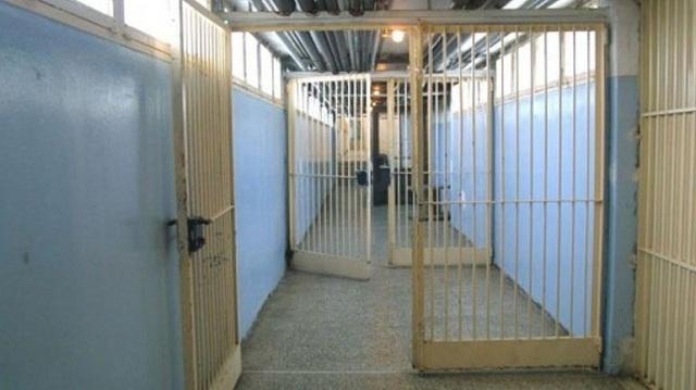 Τρίκαλα: Έρευνες μετά την επίθεση σε σωφρονιστικό υπάλληλο. Δικογραφία σε βάρος 4 κρατουμένων