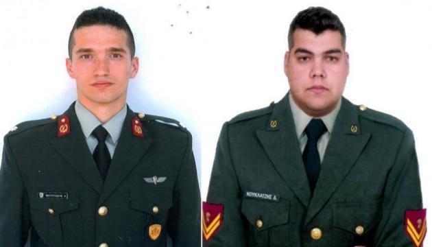 Παραμένουν προφυλακισμένοι οι δυο Έλληνες στρατιωτικοί