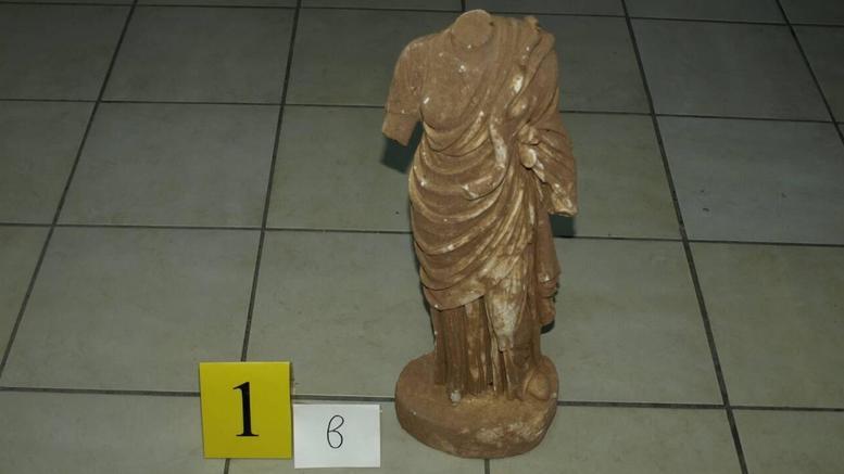 Διευκρινίσεις του ΥΠΠΟΑ για το αγαλμάτιο της θεάς Υγείας που κατασχέθηκε