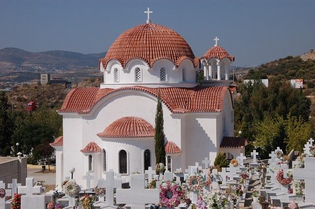 Πανηγυρίζει ο Ναός του Αγίου Λαζάρου του νέου Κοιμητηρίου