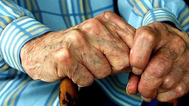 Λήστεψαν ηλικιωμένο παριστάνοντας τους υπαλλήλους μεταφορικής