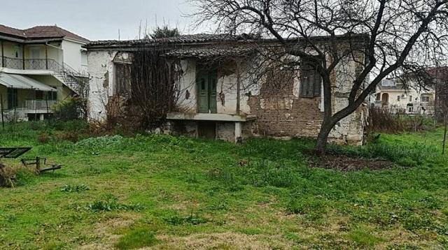 Το σπίτι του βουλευτή σε χωριό των Τρικάλων έγινε δωρεά αλλά… καταρρέει