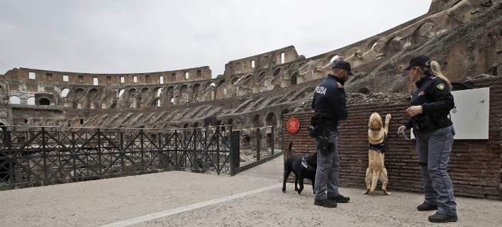 «Αστακός» η Ρώμη ενόψει του Πάσχα: 6 συλλήψεις υπόπτων για τρομοκρατία [εικόνες]