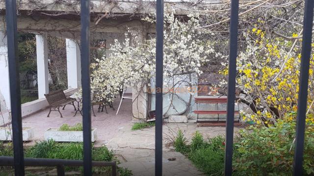 Όμηροι 8 μήνες στο Ωραιόκαστρο: Νέες φωτογραφίες από το σπίτι κολαστήριο