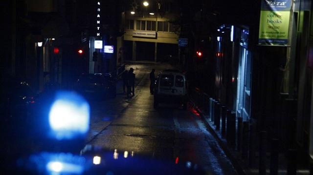 Σπείρα Αραβόφωνων που απειλούν με πιστόλια σπέρνει τον τρόμο στο κέντρο της Αθήνας
