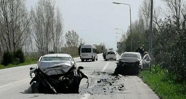 Eνας νεκρός και τρεις τραυματίες σε τροχαίο εξω από τη Θεσσαλονίκη