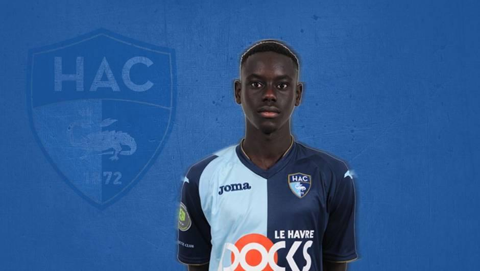 Νέος θάνατος νεαρού ποδοσφαιριστή – Απεβίωσε ο 18χρονος Σαμπά Ντιόπ