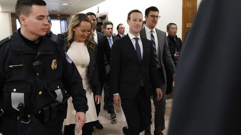 Στη δημοσιότητα η «απολογία» Ζούκερμπεργκ για το Facebook