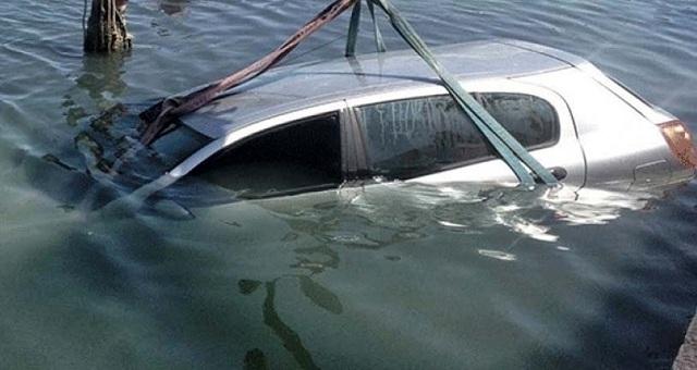 Έπεσε με το αυτοκίνητό του στο λιμάνι του Αγιοκάμπου και σώθηκε από θαύμα