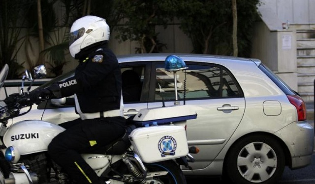 Νέα εισβολή σε σπίτι: Απείλησαν επιχειρηματία με πιστόλι και μαχαίρι