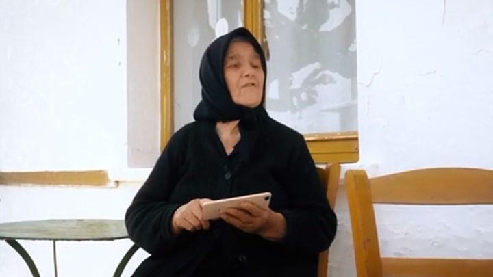 Η... σούπερ γιαγιά του ημιμαραθωνίου Κρήτης ξαναχτυπά