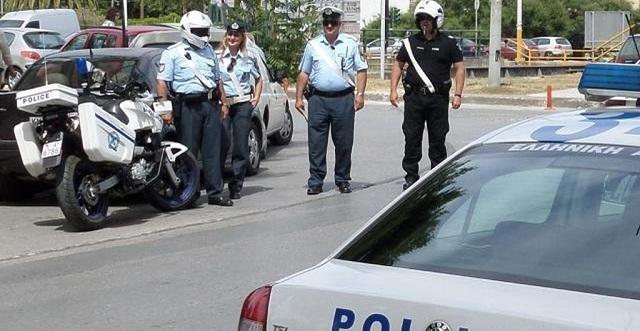 Μαζικές συλλήψεις για διπλώματα στον Βόλο