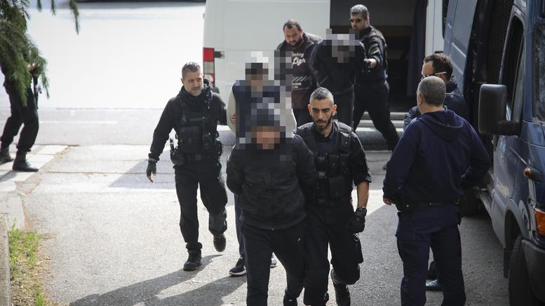 Στον Εισαγγελέα Εκδόσεων οι διεθνώς καταζητούμενοι μαφιόζοι