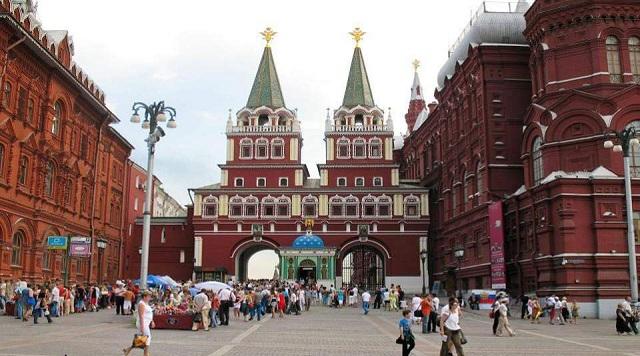 Πώς οι Ρώσοι άρχισαν να πίνουν… λιγότερο