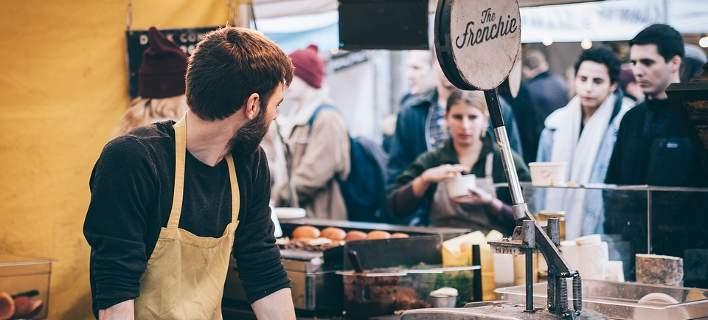 Αναδρομικές αυξήσεις για υπαλλήλους σε fast food