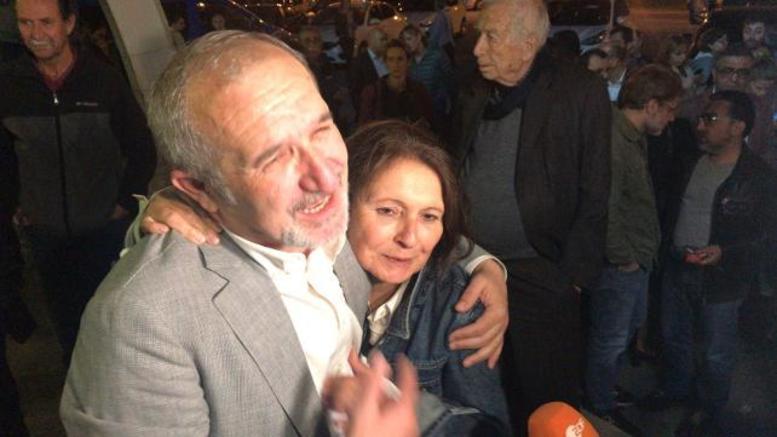 Ποινές φυλάκισης σε 15 δημοσιογράφους της Cumhuriyet