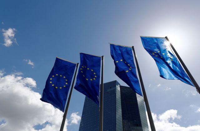 Times: Πράσινο φως από την ΕΕ στην Ελλάδα να τερματίσει τη λιτότητα