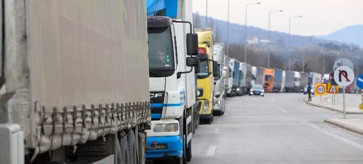 Απαγόρευση κυκλοφορίας φορτηγών από σήμερα μέχρι την Πρωτομαγιά. Ποια οχήματα εξαιρούνται
