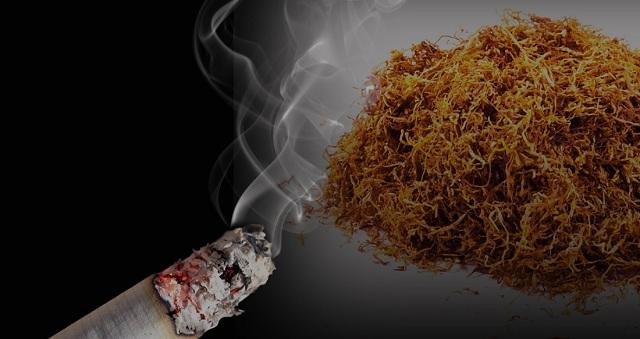Πουλούσε παράνομα καπνικά προϊόντα για να βγάλει μεροκάματο