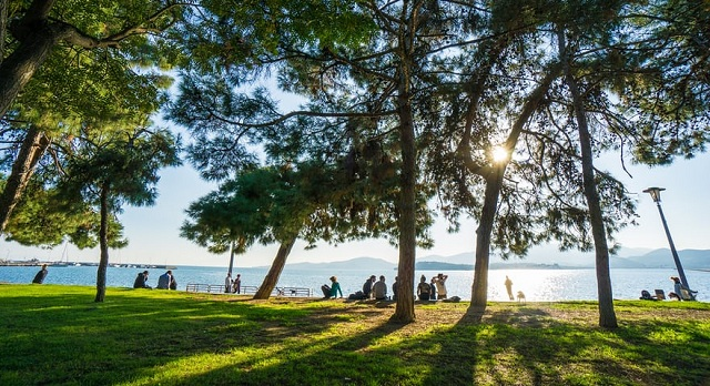 Guardian: Ο Βόλος στις 12 ομορφότερες παραθαλάσσιες πόλεις της Ν. Ευρώπης
