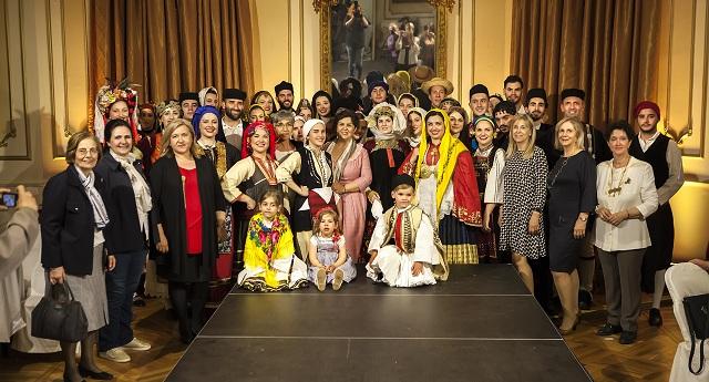 Αξιοθαύμαστες ελληνικές φορεσιές