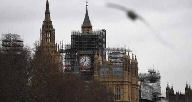 «Μπλόκο» της Βουλής των Λόρδων στο Brexit
