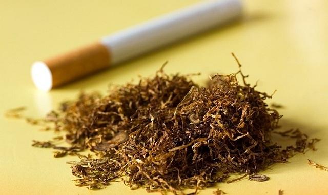 Εκρυβε αφορολόγητο καπνό στην αυλή του
