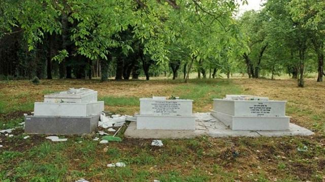 Βανδαλισμός τάφων Εβραϊκού Νεκροταφείου