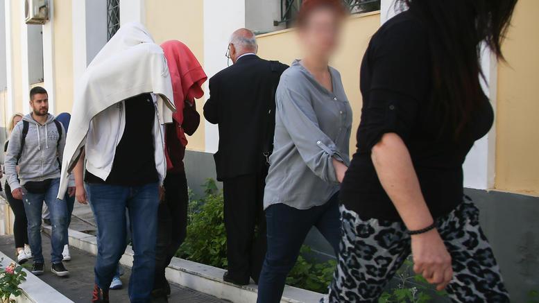 Προφυλακίστηκαν τέσσερις από τη μαφία των φαρμάκων