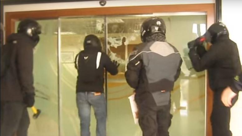 Ο Ρουβίκωνας ανοίγει... «υποκαταστήματα» σε όλη την Ελλάδα