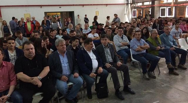 Δ. Μπαξεβανάκης: «Με τις Πανελλήνιες κλέβουμε έναν χρόνο από τις ζωές των παιδιών μας»