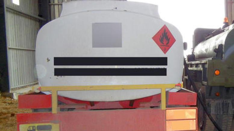 Τριάντα τόνοι λαθραίου υγρού μείγματος καυσίμου για επιχείρηση «φάντασμα»