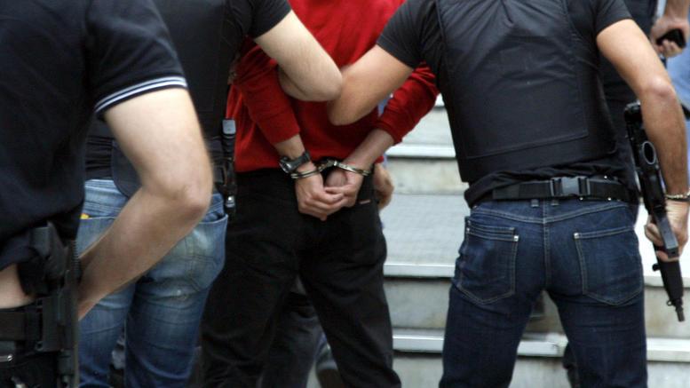 Συνελήφθησαν οι δύο ισοβίτες που δραπέτευσαν στο λιμάνι του Πειραιά