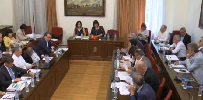Live η συνεδρίαση της Επιτροπής της Βουλής για την ΑΓΕΤ