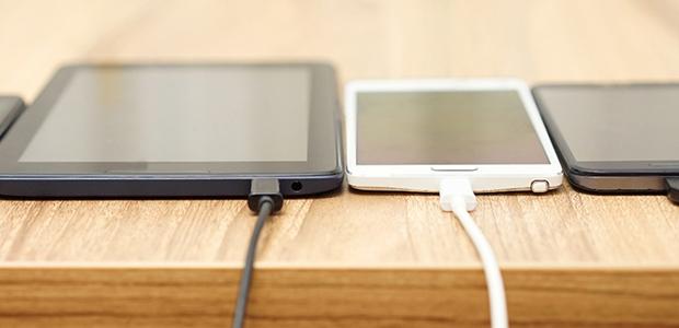 Νέο χαράτσι 2% σε κινητά, τάμπλετ και υπολογιστές