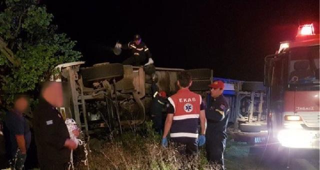 Ανατροπή νταλίκας στη Φθιώτιδα, νεκρός ο 26χρονος οδηγός