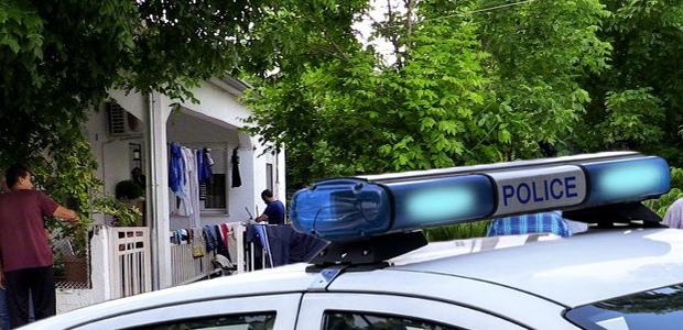 Τρίκαλα: Σκότωσε τη γυναίκα του μπροστά στο 3χρονο παιδί τους