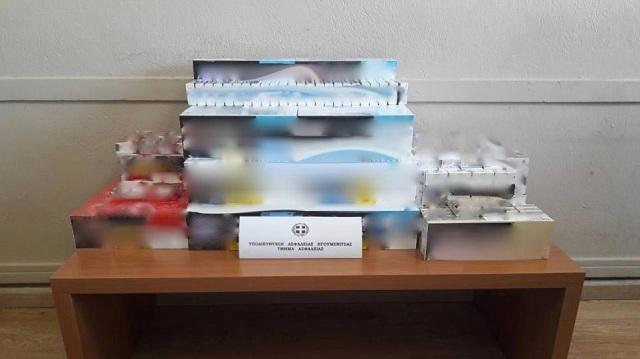 Πωλούσε στο μαγαζί του εκατοντάδες λαθραία πακέτα τσιγάρων