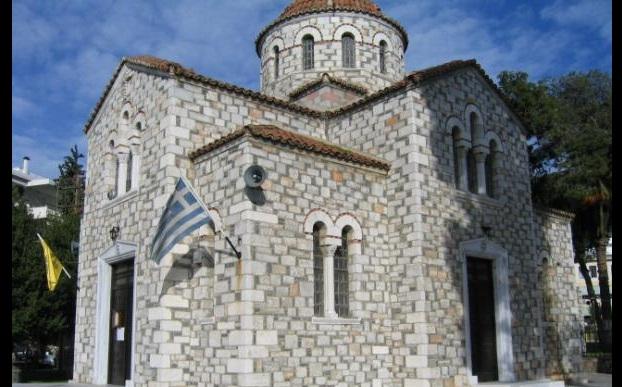Πανηγυρίζουν οι ναοί της Αγίας Τριάδας
