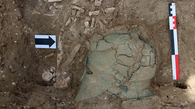 Στη Ρωσία ανακαλύφθηκε η πρώτη αρχαία Κορινθιακή περικεφαλαία