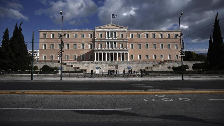 «Καυτός» Ιούνιος: Τα νομοσχέδια-φωτιά που έρχονται στη Βουλή