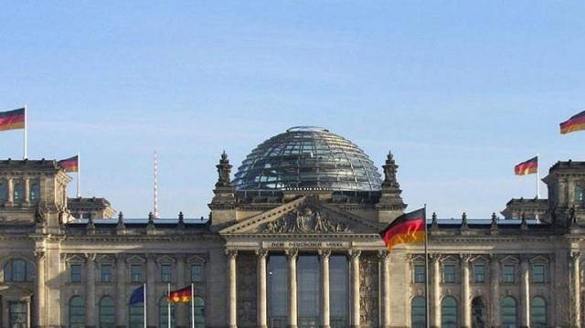 Die Welt: «Το Βερολίνο φοβάται ανασφάλεια στη Ρώμη»