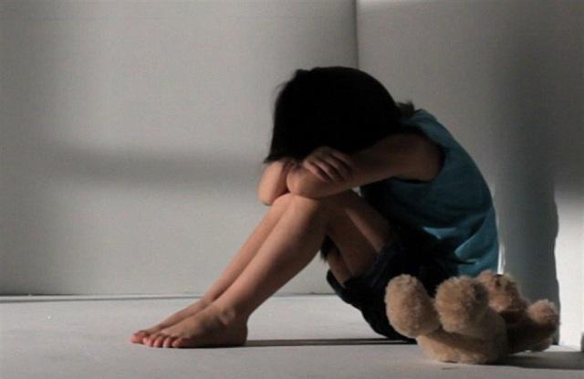 Λέρος: Ο μεγάλος γιος της οικογένειας μιλά για τους βιασμούς και το ξύλο