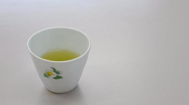 Έρευνα στη Βρετανία: Πού ωφελεί το πράσινο τσάι