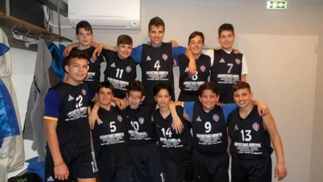 Αήττητοι οι μίνι παίδες της Νίκης Βόλου στο πρωτάθλημα ΕΣΚΑΘ