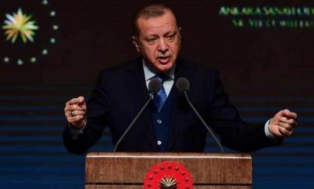 «Ψαρεύει» Κούρδους ψηφοφόρους ο Ερντογάν